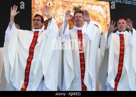 50e anniversaire du diocèse de Nanterre. Messe. - Stock Photo
