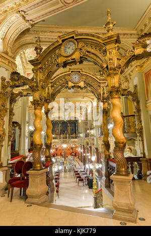 budapest big and beautiful singles Prague is the capital and largest city of the czech republic free photos and travel advice,  many with beautiful murals on them it contains one of the world's most pristine and varied collections of architecture, from art nouveau to baroque, cubist, gothic, neo-classical and ultra-modern  the one-bedroom apartment has a double.