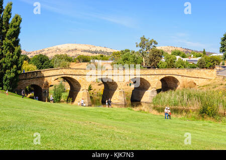 Richmond Bridge, built by convicts in  the 1820s, is the oldest surviving stone span bridge in Australia - Richmond, - Stock Photo