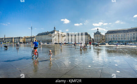 France, Gironde department, Bordeaux, Miroir d'eau reflecting pool at Place de la Bourse - Stock Photo