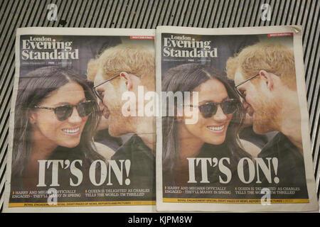 Kensington Palace. London, UK. 27th Nov, 2017. Copies of Evening Standard newspaper as Prince Harry and Meghan Markle - Stock Photo