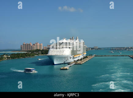 Nassau, Bahamas - December 21, 2015: Royal Caribbean megaship Allure of the Sears prepares for departure from Nassau - Stock Photo