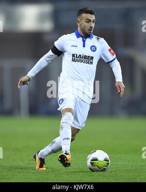 Paderborn, Deutschland. 24th Nov, 2017. Burak Camoglu (KSC). GES/ Fussball/ 3. Liga: SC Paderborn - Karlsruher SC, - Stock Photo