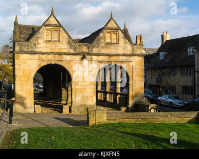 Splendid arches of Market Hall High Street Chipping Camden Gloucestershire England UK built 1627 - Stock Photo