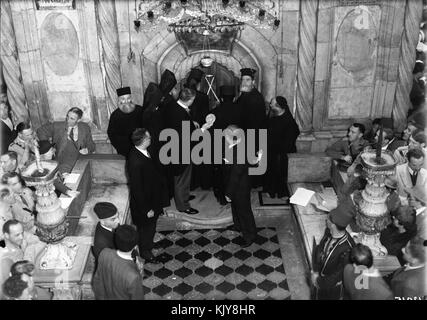 Calendar of religious ceremonies in Jerusalem Easter period, 1941. Orthodox Holy Fire. matpc.04424 - Stock Photo