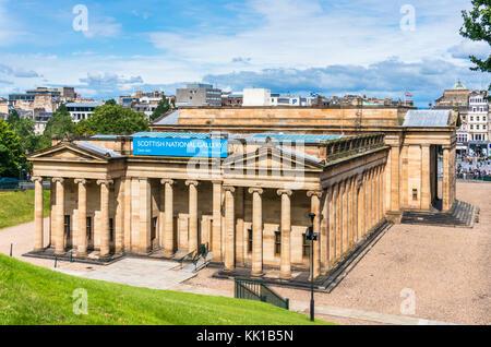 Scottish National Gallery Edinburgh scotland edinburgh Scottish National Gallery The Mound central Edinburgh Scotland - Stock Photo