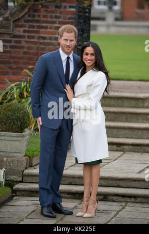 27th November 2017 London UK Britain's Prince Harry and his girlfriend Meghan Markle pose for photographs in the - Stock Photo