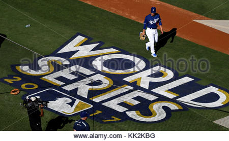 Los Angeles, California, USA. 24th Oct, 2017. Los Angeles Dodgers take batting practice prior to game one of a World - Stock Photo