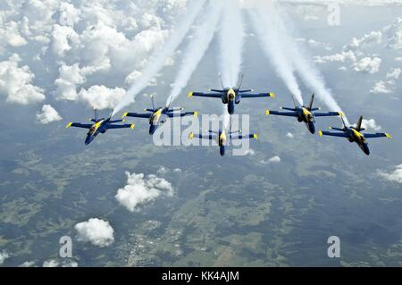 The US Navy Flight Demonstration Squadron, the Blue Angels, fly in the Delta formation over Sugarloaf, SC, Sugarloaf, - Stock Photo