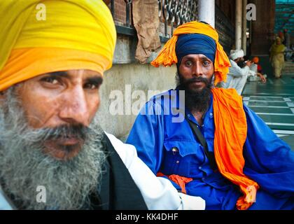 Amritsar, Golden Temple  visiting the 'turban People of India' -  03/09/2010  -    -  Golden Temple in Amritsar - Stock Photo