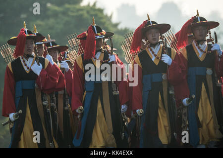 An honor guard preps for the arrival of Marine Corps Gen. Joseph F. Dunford Jr., chairman of the Joint Chiefs of - Stock Photo