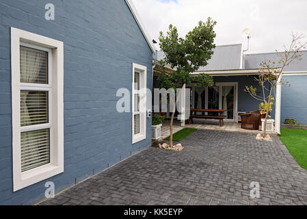 Exterior of the back of a contemporary suburban home - Stock Photo