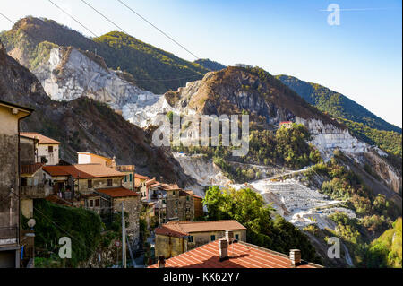 Europe. Italy. Tuscany. Carrara. The white marble quarries around the village of Colonnata - Stock Photo