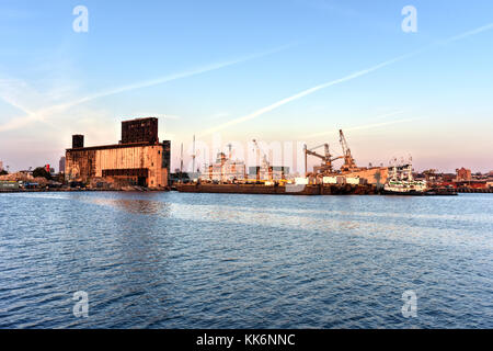 The Red Hook Grain Terminal in the Red Hook neighborhood of Brooklyn, New York. - Stock Photo