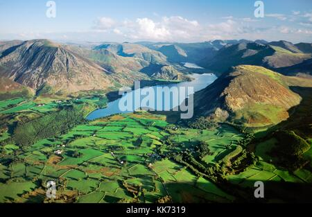 Lake District National Park. View southeast over Crummock Water, Grasmoor, Buttermere to the central fells. Cumbria. - Stock Photo