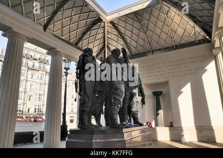 The RAF Bomber Command Memorial in Green Park, London, UK - Stock Photo