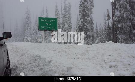 The view at Washington Pass Summit in mid November 2016. SR 20 North Cascades Highway 31264105356 o - Stock Photo
