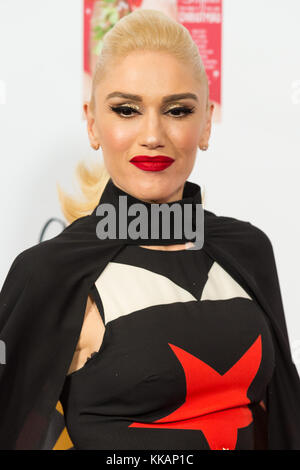 London, London, UK. 30th Nov, 2017. No Doubt singer Gwen Stefani takes part in a photocall before lighting up the - Stock Photo