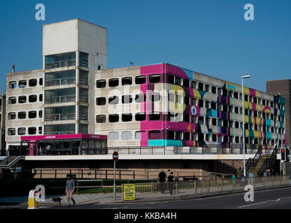 AJAXNETPHOTO. 2017. WORTHING, ENGLAND - SPACE SAVER - GRAFTON STREET MULTI STORY CAR PARK IN THE TOWN AFTER FACADE - Stock Photo
