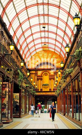 Newcastle upon Tyne city centre, Tyne and Wear, England. Central Arcade covered shopping mall built in 1906. - Stock Photo