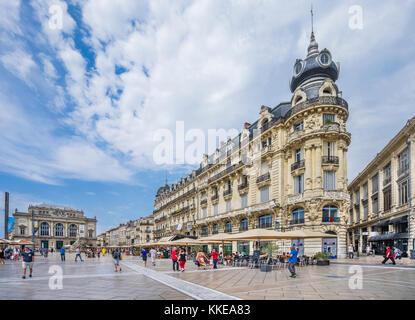 France, Hérault department, Montpellier, Opéra Comédi and 19th century Haussman style buildings at Place de la Comédie - Stock Photo