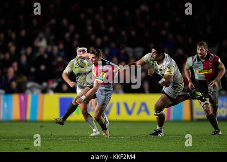 London, UK. 03rd Dec, 2017. Marcus Smith (10) of Harlequins was tackled during Aviva Premiership match between Harlequins - Stock Photo