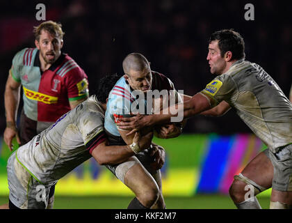 London, UK. 03rd Dec, 2017. Mike Brown (15) of Harlequins was tackled during Aviva Premiership match between Harlequins - Stock Photo