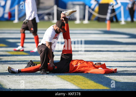 Carson, CA. 03rd Dec, 2017. Cleveland Browns receiver Josh Gordon Pre-game before the NFL Cleveland Browns vs Los - Stock Photo