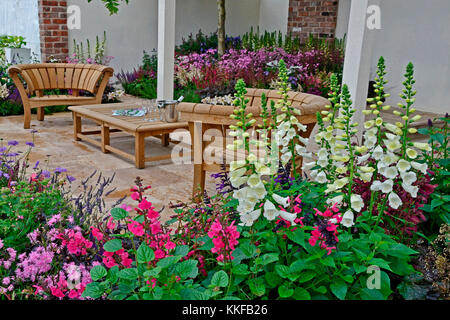 Contemporary Garden Borders Stock Photo, Royalty Free Image .