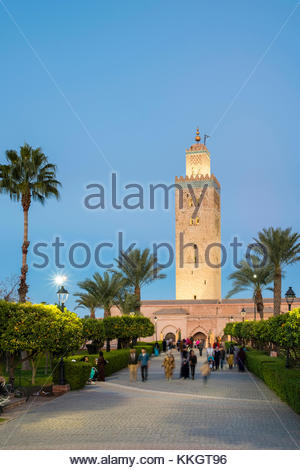 Morocco, Marrakech-Safi (Marrakesh-Tensift-El Haouz) region, Marrakesh. 12th century Koutoubia Mosque and Parc Lalla - Stock Photo