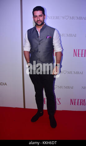 Mumbai, India. 30th Nov, 2017. Indian film actor Aftab attend the Popular ethnic brand Neeru's an exclusive showcase - Stock Photo