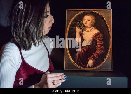 London, UK.  1 December 2017. A staff member views 'Lucretia', 1525, by Lucas Cranach the Elder, (Est. GBP400-600k). - Stock Photo
