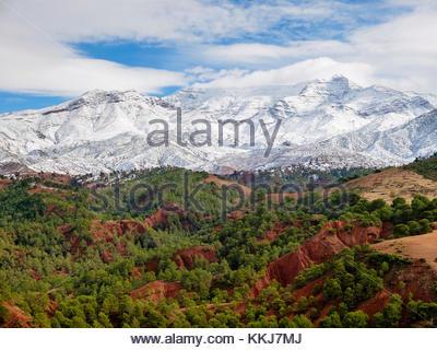 Morocco, Marrakech-Safi (Marrakesh-Tensift-El Haouz), Al Haouz Province. Tizi N'Tichka pass in the Atlas Mountains - Stock Photo