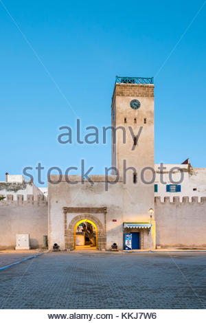 Morocco, Marrakesh-Safi (Marrakesh-Tensift-El Haouz) region, Essaouira. Place d'Horloge, clocktower and buildings - Stock Photo