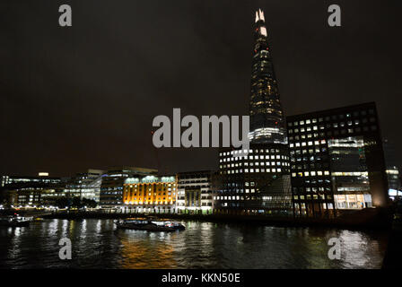 London The Shard & London Bridge Hospital - Stock Photo
