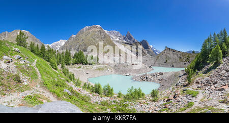 Panoramic view of the Mont Blanc Massif from the Miage Lake (Miage Lake, Veny Valley, Courmayeur, Aosta province, - Stock Photo