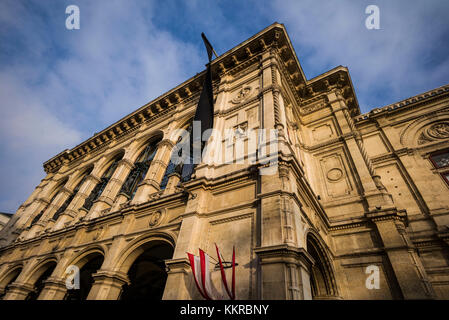 Austria, Vienna, Staatsoper opera house, exterior - Stock Photo