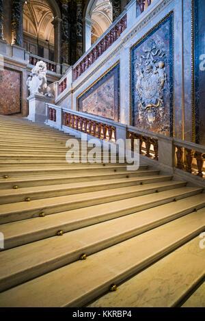 Austria, Vienna, Kunsthistoriches Museum, Art History Museum, interior entranceway - Stock Photo