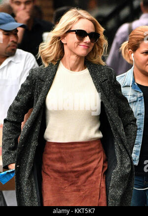 NEW YORK, NY - SEPTEMBER 28: Actress Naomi Watts was on the Greenwich Village set of the new TV show 'Gypsy' on - Stock Photo