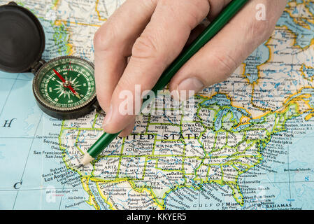 Compass map USA Pacific Ocean city state indicato Brazil