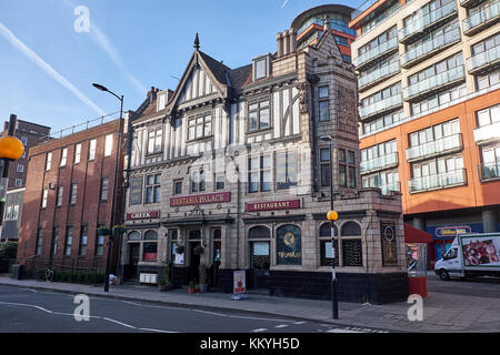 LONDON CITY - DECEMBER 26, 2016: Old corner building in old style with ashlar and timbered decorations - Stock Photo
