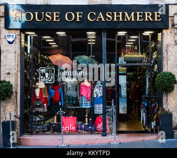 House of Cashmere shop on Royal Mile in Old Town of Edinburgh a typical tourist knitwear shop in Edinburgh, Scotland, - Stock Photo