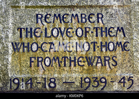 A p;lacquer at a town memorial to the dead soldiers of World War One and two at Sandown sea front on the Isle of - Stock Photo