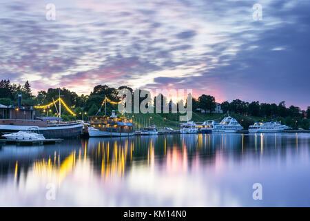 Lappeenrannan satama kesällä. Värikkäät pilvet - Stock Photo
