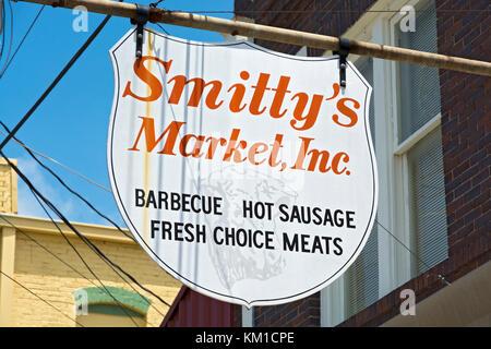 Texas, Caldwell County, Lockhart, Smitty's Market, barbecue restaurant - Stock Photo