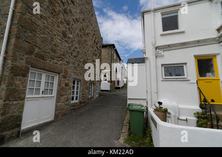 Cottages and row of terraced or terrace houses on narrow backstreets in St Ives, Cornwall, UK - Stock Photo