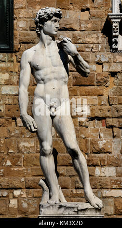 'Statue of David' by Michelangelo outside the Palazzo Vecchio in the 'Piazza della Signora' Florence Tuscany Italy - Stock Photo