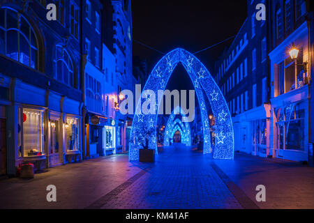 LONDON, UK - DECEMBER 2nd 2017: Christmas decorations in South Molton Street, Mayfair area in London. The car-free - Stock Photo