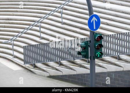 Ampel, Straßenverkehr - Stock Photo