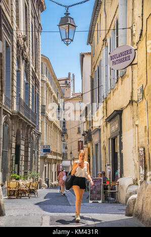 France, Hérault department, Montpellier, Rue de l'Université  in the historical center of the city - Stock Photo